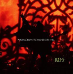 kiss14.JPG