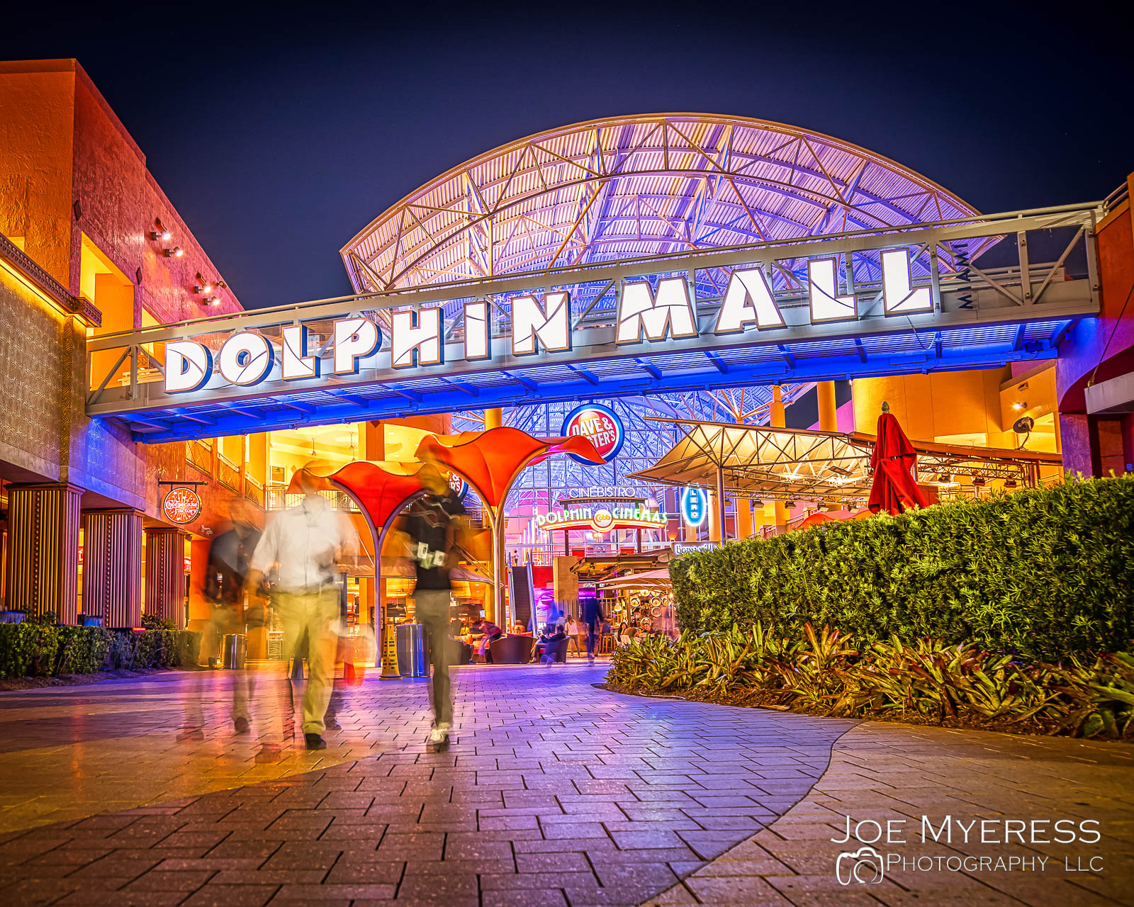 Dolphin Mall in Miami, FL