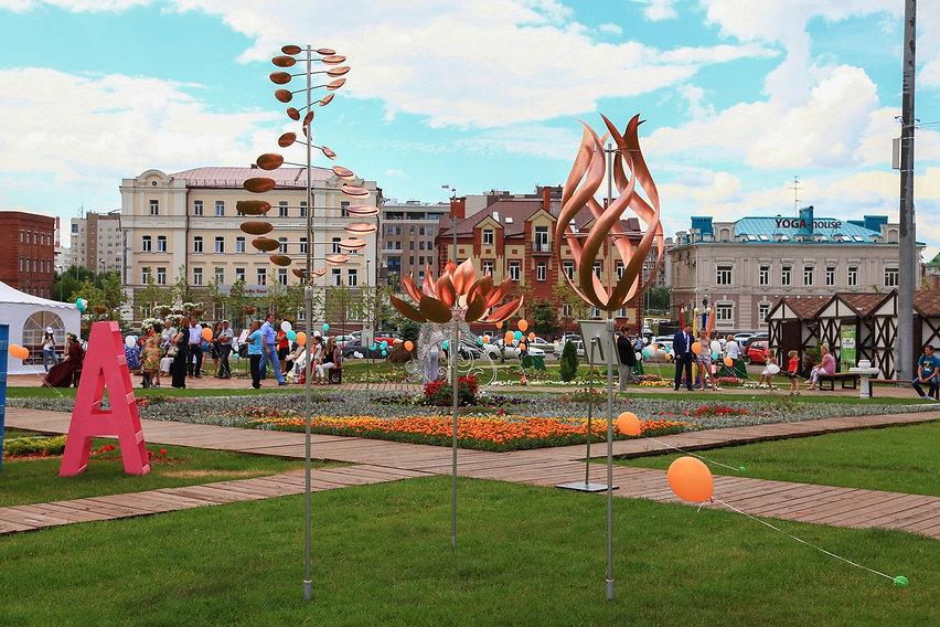 ветряные скульптуры арт-объекты в парке