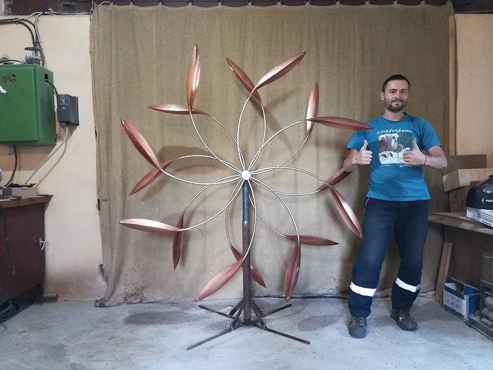медные ветряные скульптуры арт-объекты