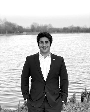 Profile Pic 2021 - Shivam Siddaiya_edited.jpg
