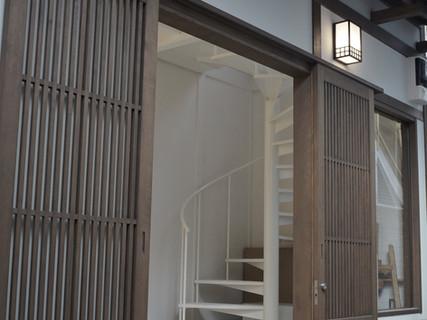 入口外観 / Entrance