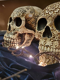 Enchanting resin carved skulls