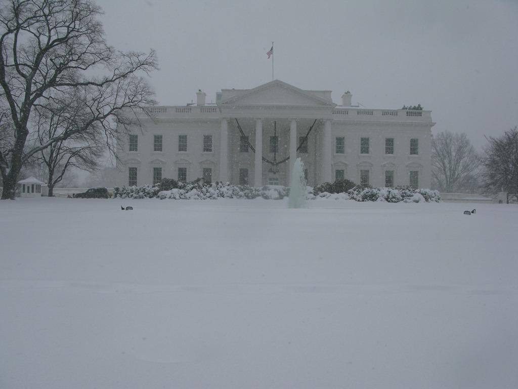 A Snowy White House