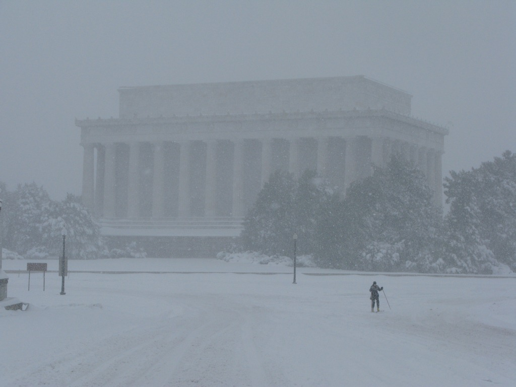 Skier at Lincoln Memorial