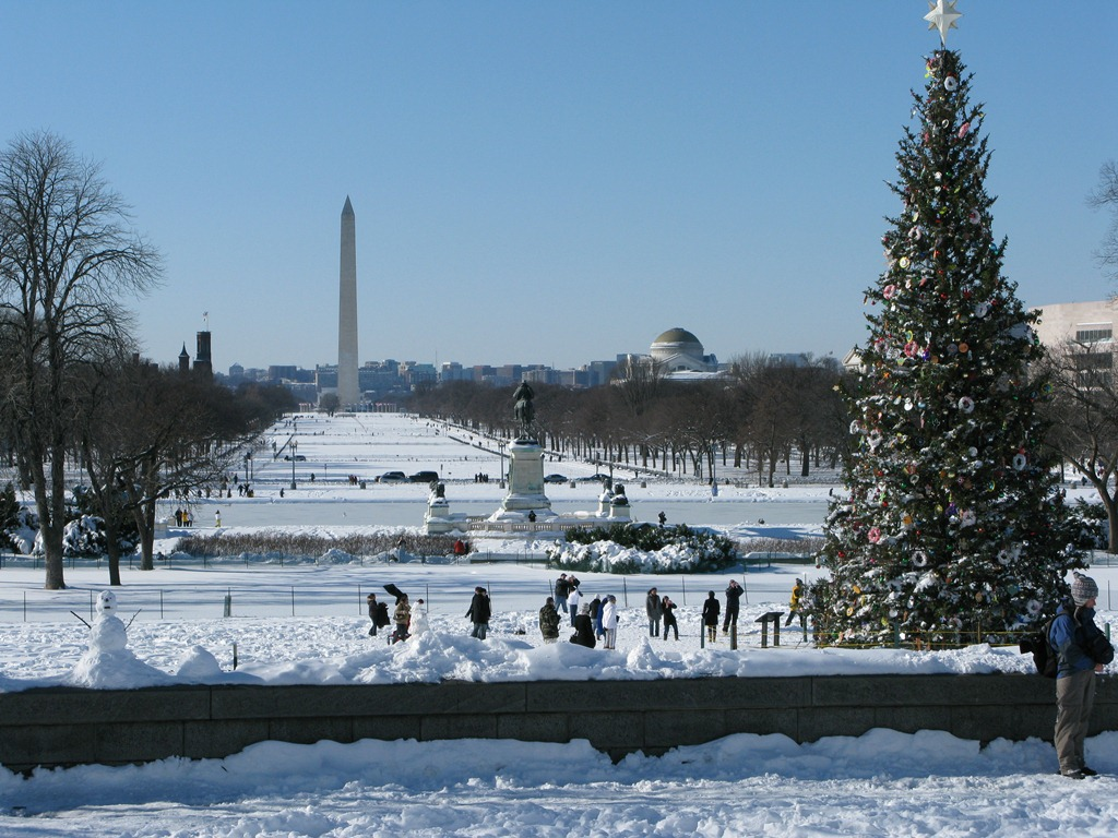 Washington Monument at Christmas