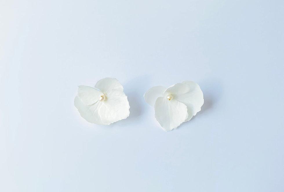Aros Hortensia Blanca