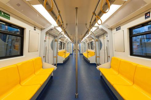Gelbe U-Bahn-Sitze