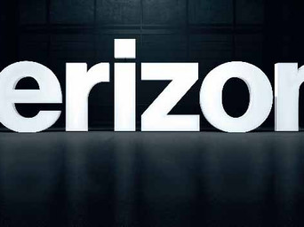 Verizon grows wireless service revenue, loses 178K phone subs in Q1