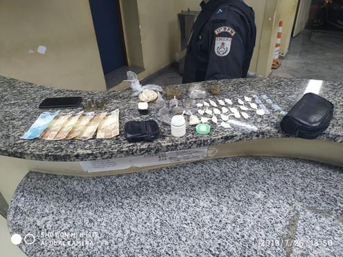 Bom Jardim: Homem capturado com 21 papelotes de cocaína em Banquete.