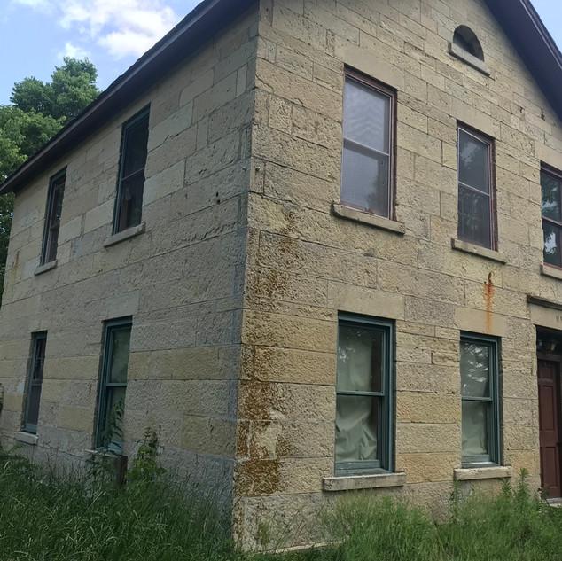 1863 farmhouse.jpg
