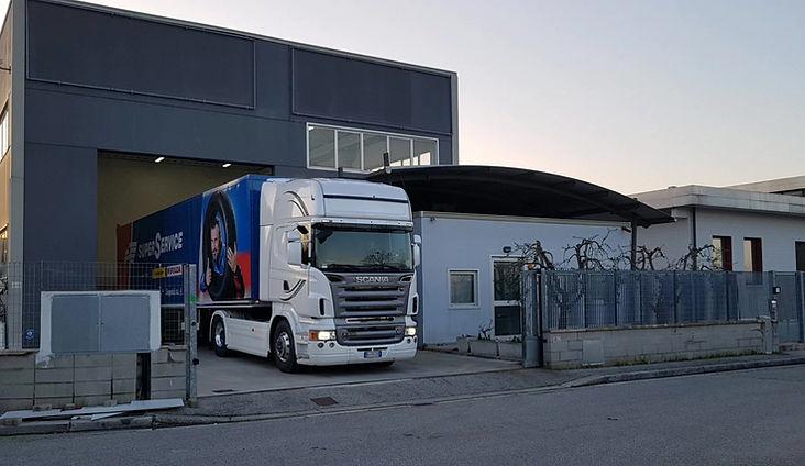 Noleggio Truck tour goodyear