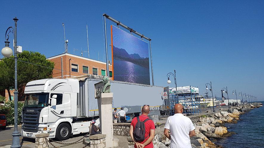 noleggio truck led 40 mq