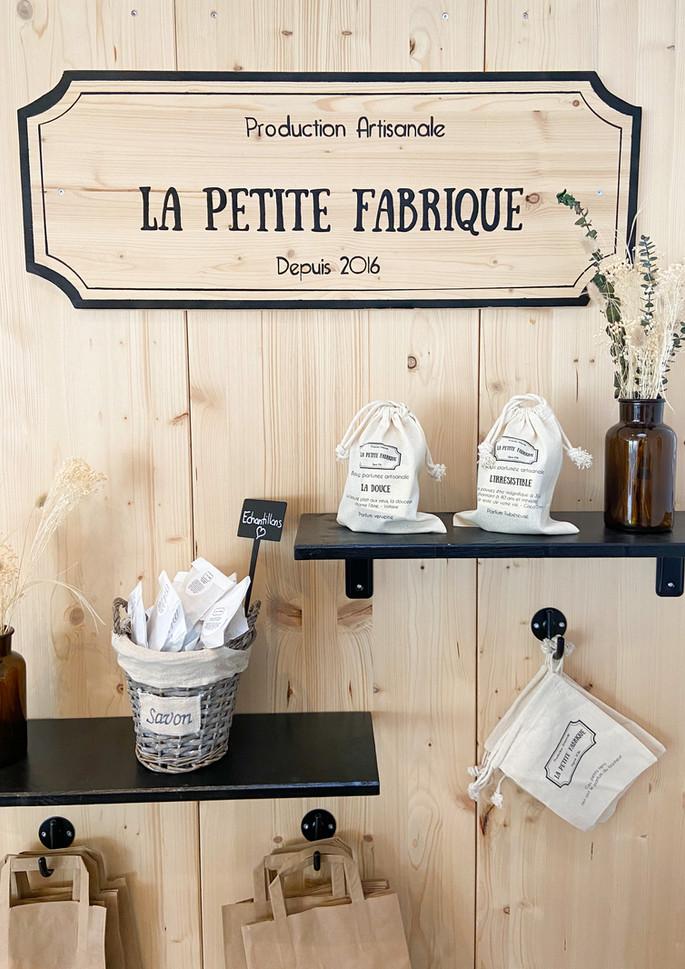 La Petite Fabrique vous propose des produits artisanaux depuis 2016
