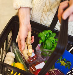 health, wellness, groceries, grocery shopping, food, organic, non-gmo, food pyramid, gluten free, dairy free, detox, whole30, nutrition, grocery store tour, ottawa