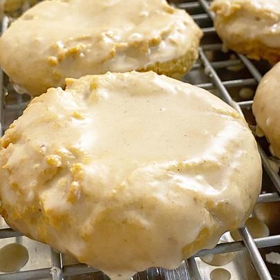 Cinnamon Maple Cookies