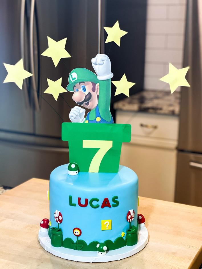 Luigi cake.jpg