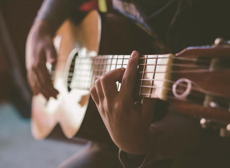 How To Switch Between Chords Fast | Five Tricks To Master This Fundamental Skill