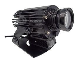 Яркий светодиодный проектор линейки GoboPro с функцией вращения изображения. Модель обладает увеличенной яркостью, благодаря светодиодному чипу OSRAM 40 Вт. Оптика японской разработки эффективно формирует световой поток мощного светодиода, обеспечивая проекцию насыщенного изображения высокой четкости. Модель GBP-4004 способна формировать качественное изображение на расстояние до 50 метров. Защита от влаги и пыли по стандарту IP65 обеспечивает бесперебойную работу в любых погодных условиях. Вращение изображения на 360° привлечет дополнительное внимание к Вашей рекламе. Алюминиевый корпус из сплава 6063 не боится ударов и стихийных бедствий, а также эффективно отводит тепло от светодиода. Система крепления этой модели позволяет регулировать проектор в трех плоскостях, облегчая его монтаж и последующую перенастройку направления проекции при такой необходимости. Ваш логотип или реклама печатаются на специальном закаленном стекле. Возможна полноценная цветная (фото) печать.