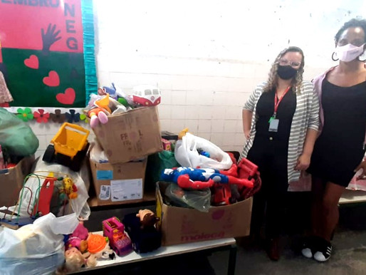 Projeto Tia Egle recebe doação de brinquedos!