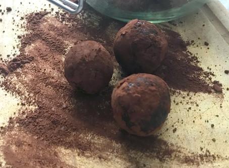 Energy Balls: 3 Zutaten, vegan + glutenfrei
