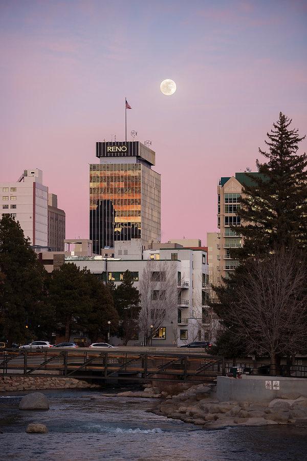 Reno Full Moon Sunset (Trevor Bexon)