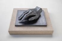 Also Men V, 2021, graphite, plaster, plywood, linen, oak, 31 x 13 x 26 cm
