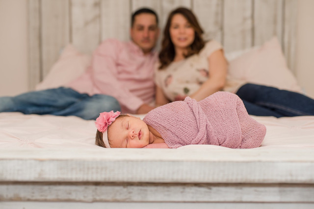 Claire Olivia || Lifestyle Newborn || WV Family Photography