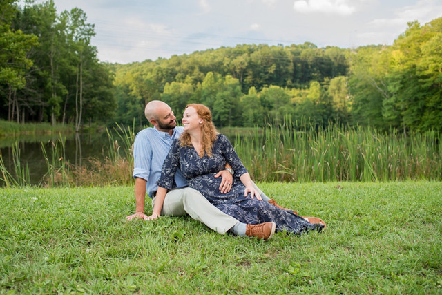 Laura + Milledge || Wine Cellar Park Maternity || WV Family Photography