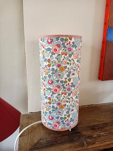 Aliénor - en Liberty Betsy porcelaine
