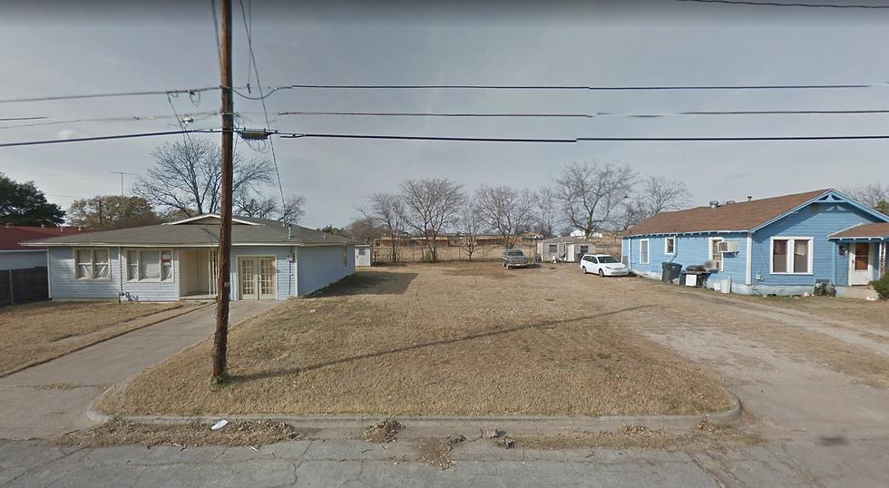 6011 SF Lot with Asphalt & Utilities (Waco, TX)