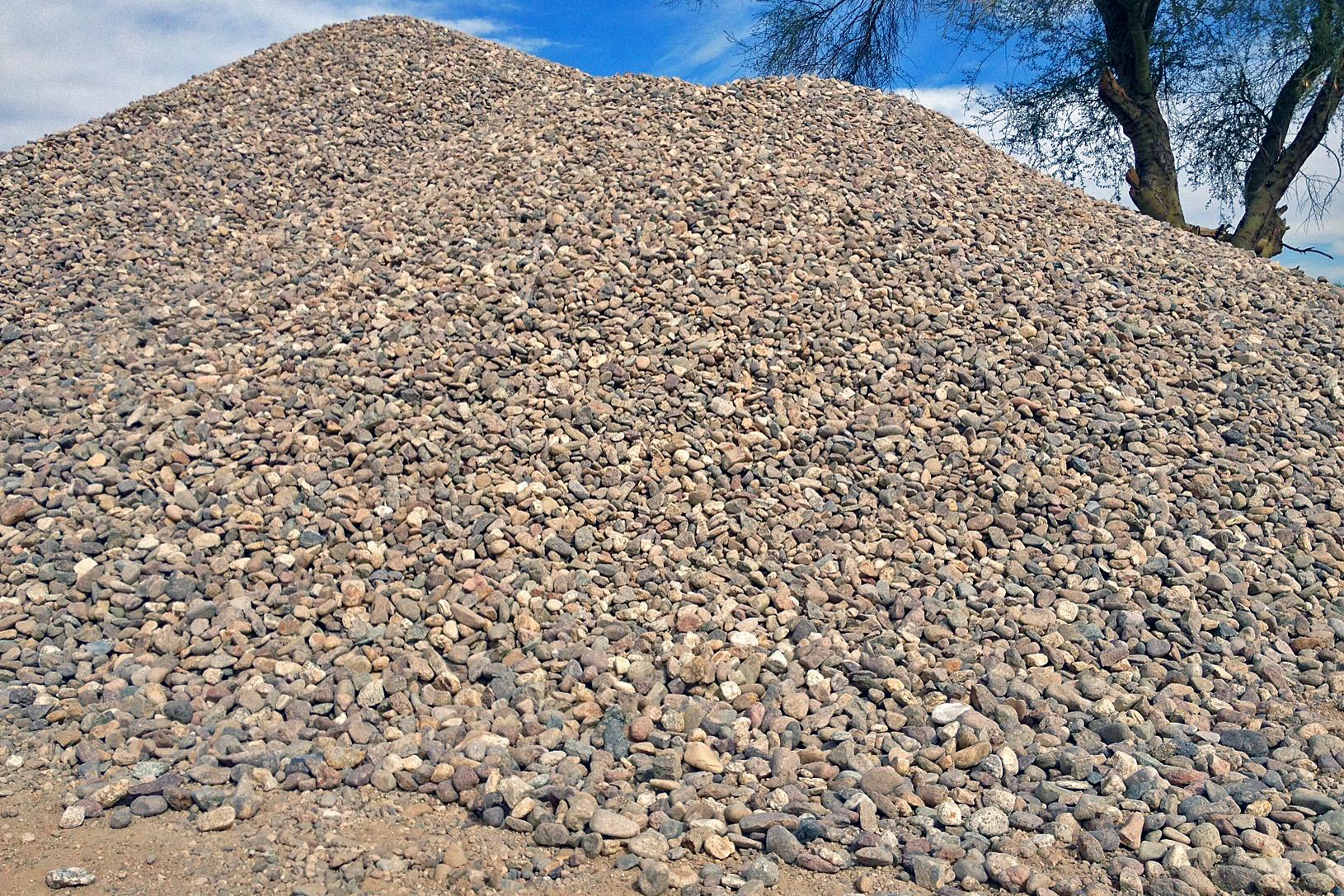 01TRK-Tumbled-River-Rock-Pile