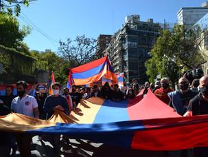 Marcha de la comunidad armenia a las Embajadas de Turquía y Azerbaiyán