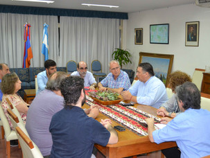 El periodista de Télam Alfredo Goijman se reunió con medios y dirigentes de la comunidad armenia