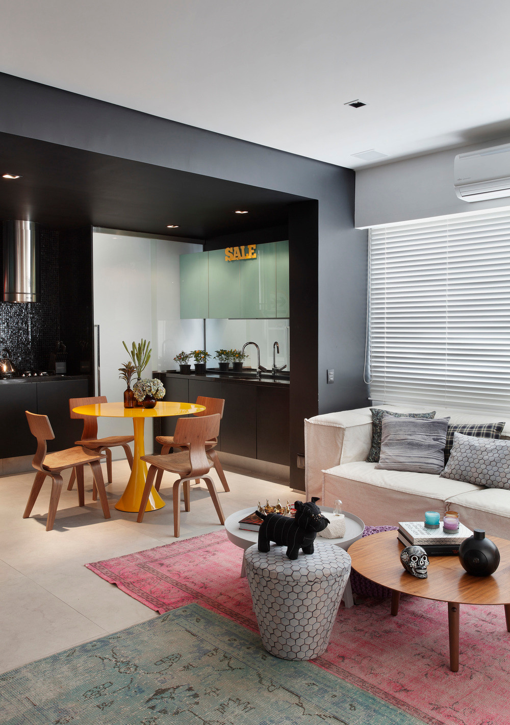 עיצוב פנים לדירה בריו - סלון ומטבח