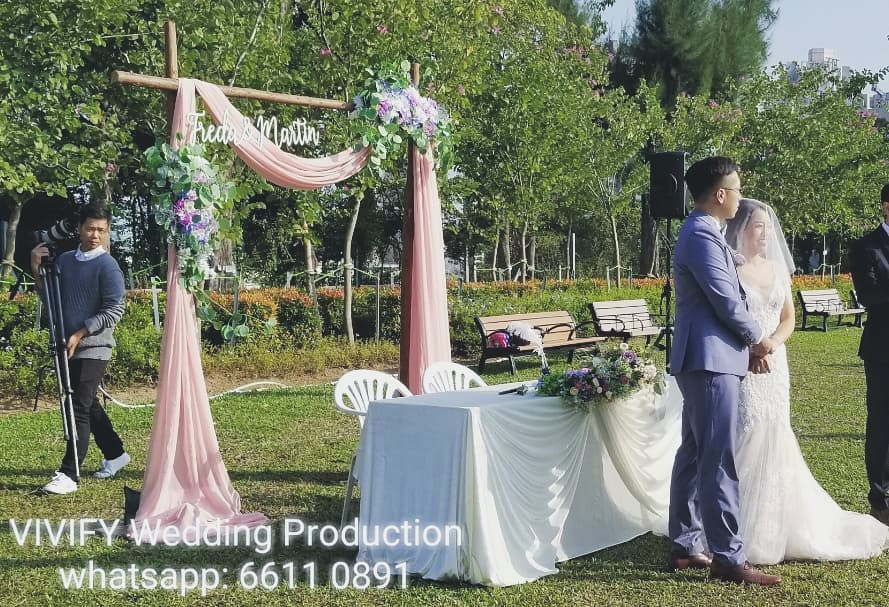 Purple & Pink Arch.jpg
