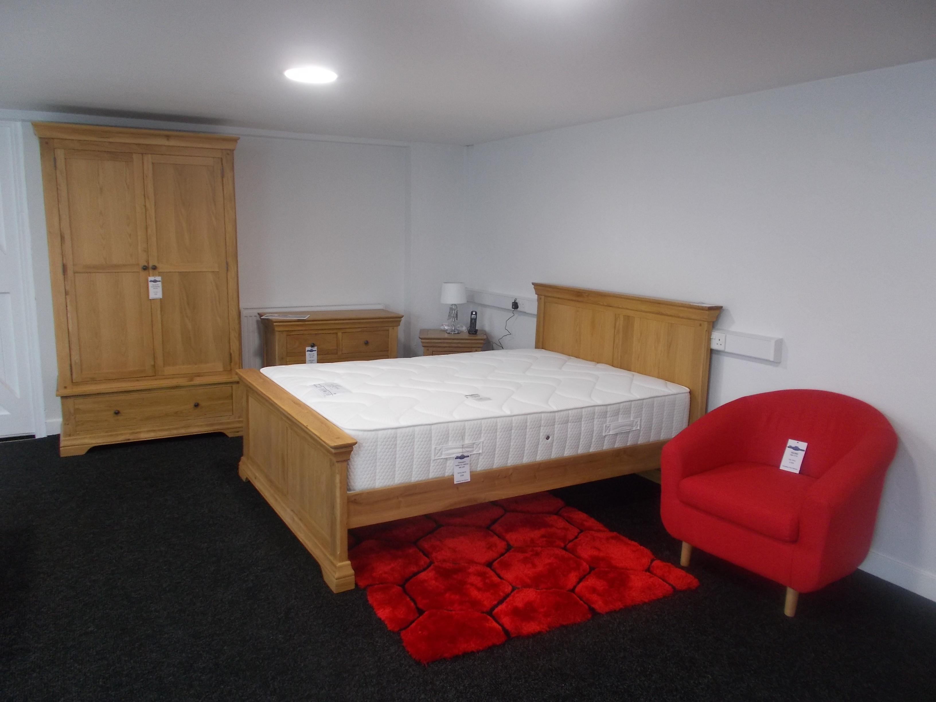 Bayonne Oak Bed