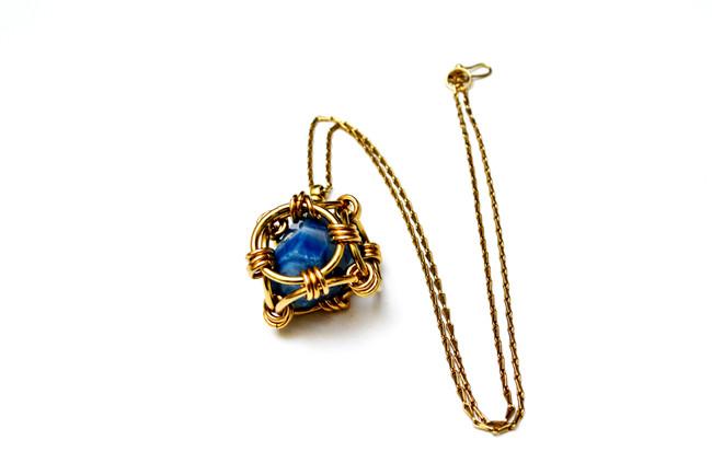 Mythic cage pendant, vermeil & blue agat
