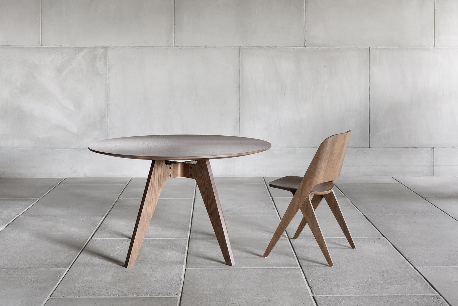 Furniture Design | Lavitta Chair and Table 120 | 2020
