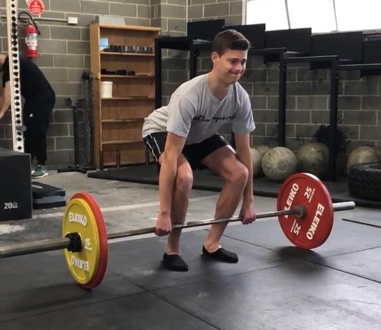 Deadlift technique coaching and education