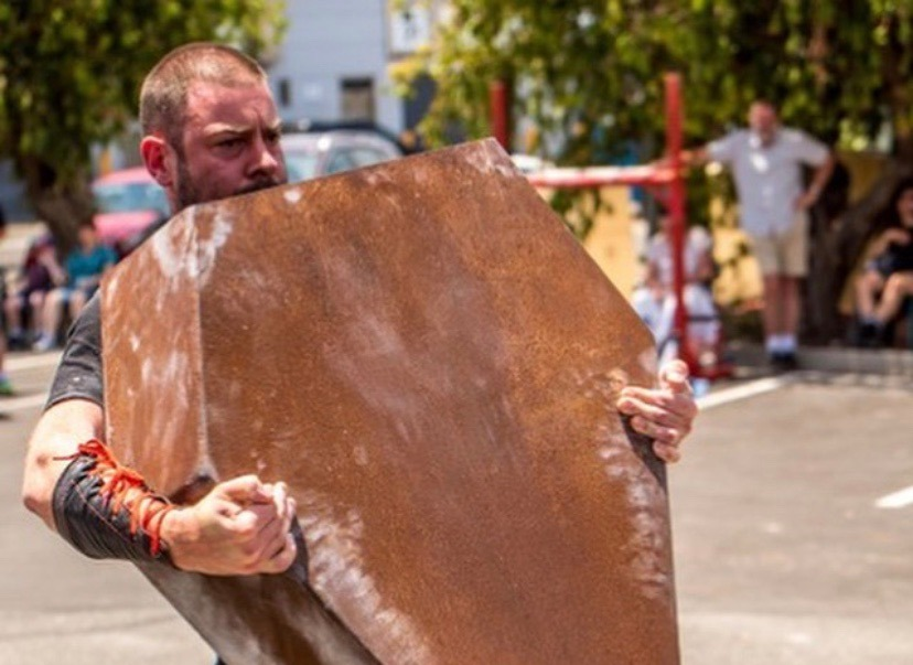 Strongman Strongwoman training and competitions