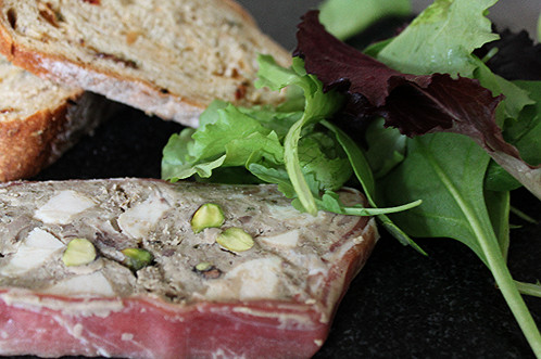 Smoked chicken pistachio terrine 160g dan hull for Chicken and pork terrine with pistachio