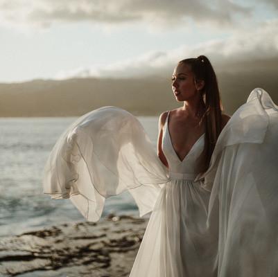 Wedding at China Walls, Oahu