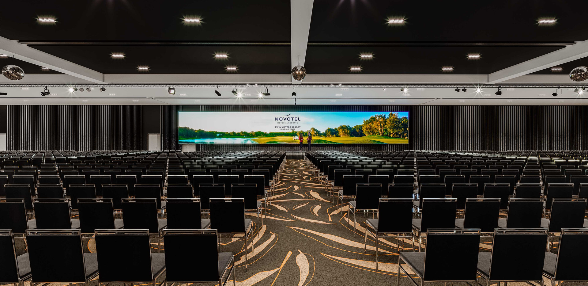 TW_New_Conference_Hall_A.jpg