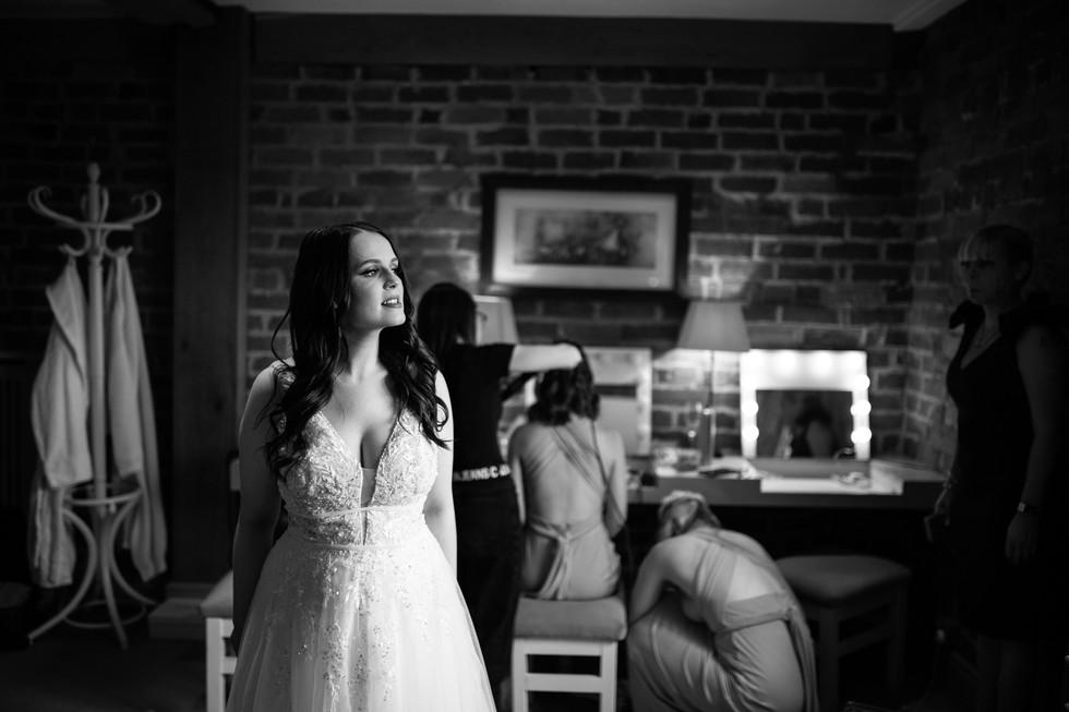 Curradine+Barns+wedding+Incircles+Photography (17 of 72).jpg
