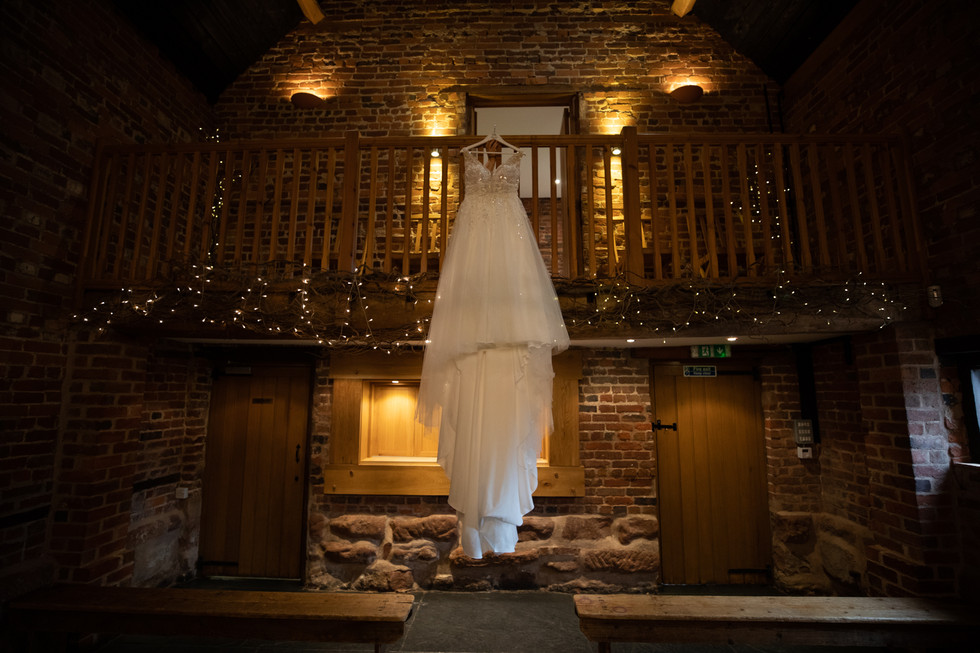 Curradine+Barns+wedding+Incircles+Photography (3 of 72).jpg