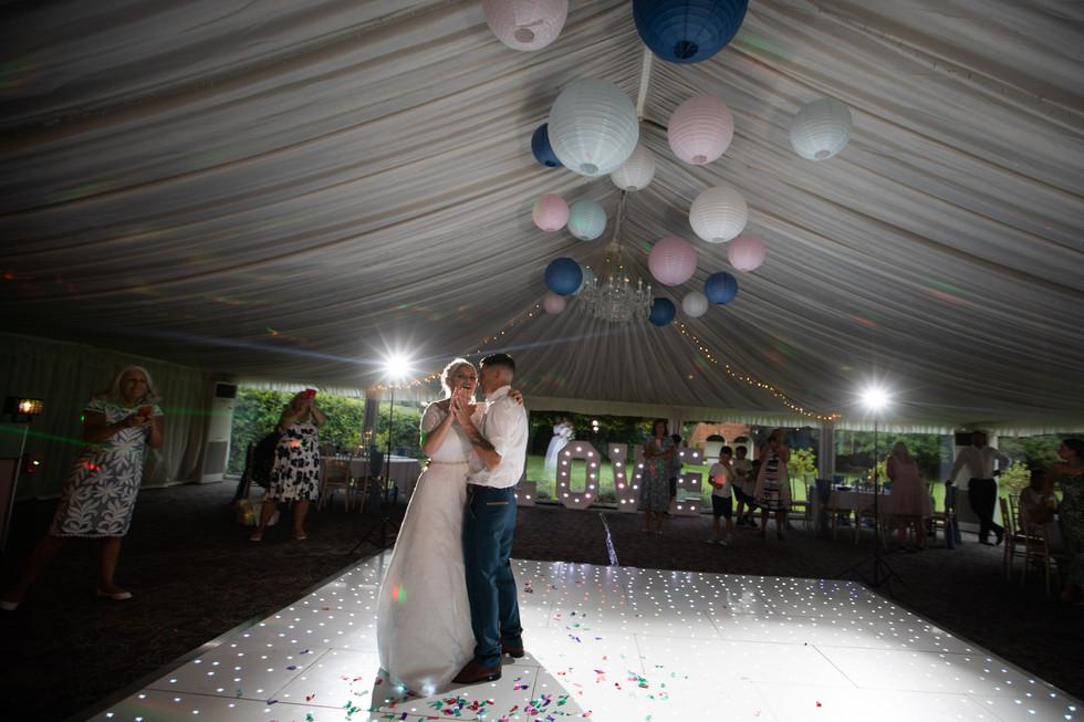 Stanbrook-Abbey-wedding-photography-711.jpg