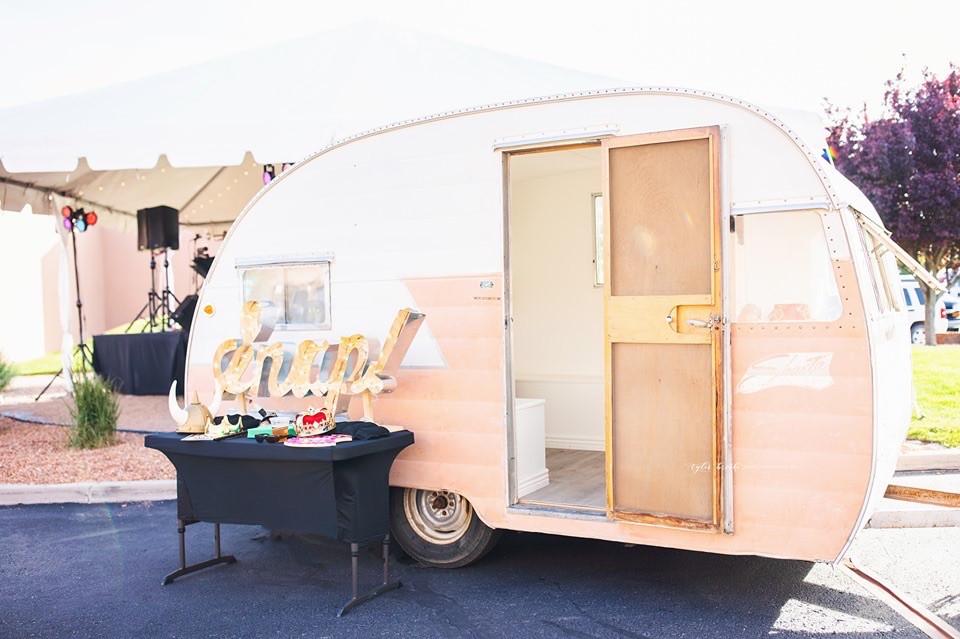 Camper photobooth