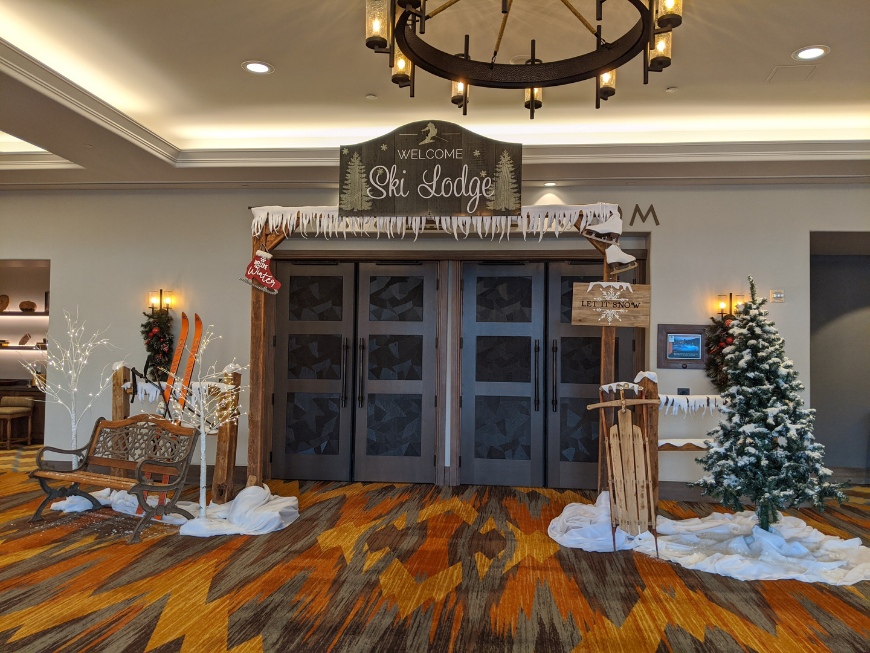 Christmas decor entry