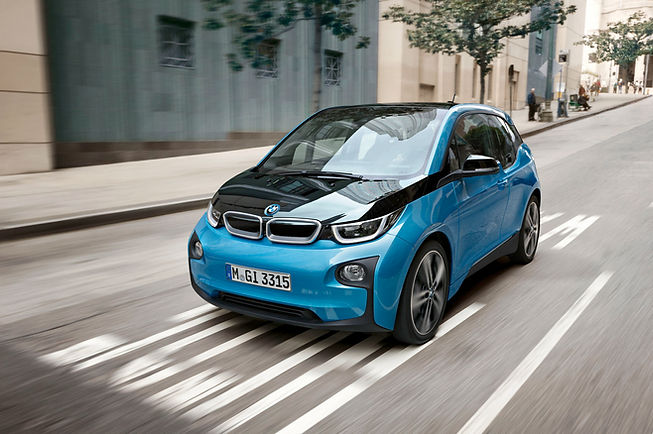 2017-BMW-i3-Front-Three-Quarter.jpg